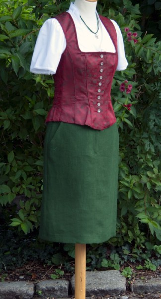Enger Damenrock, Grün von Wild & Wald