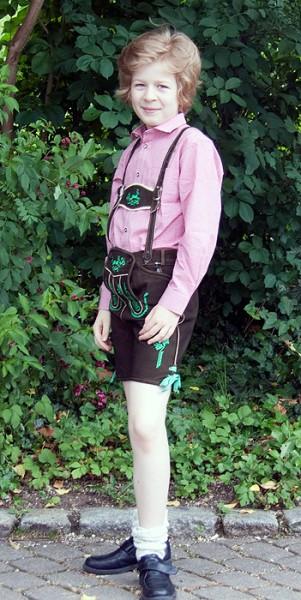 Kurze Lederhose für Kinder in braun mit grünen Stickereien, Isar Trachten