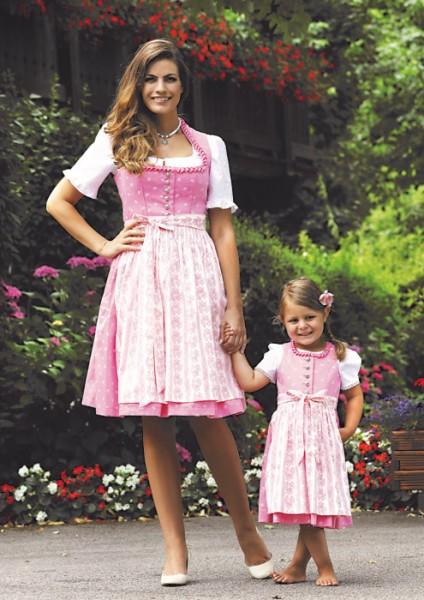 Sommerliches Schoßerldirndl in kräftigem rosa vom Trachtn-Bäda